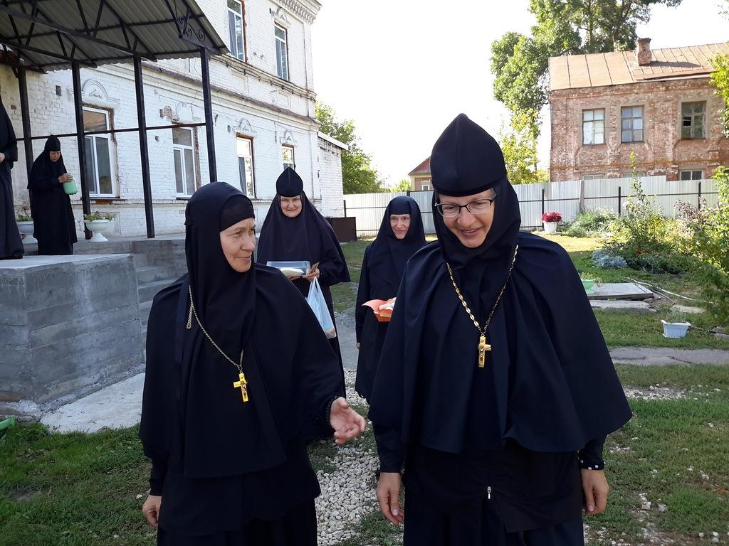 Совместная ночная молитва двух монастырей