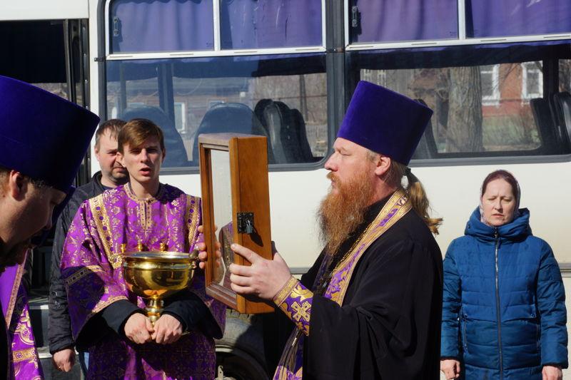 Городской крестный ход по молитвенной защите города от короновируса