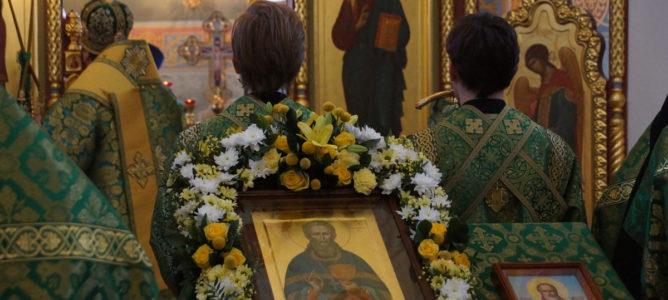 Архиерейская служба в честь престольного праздника обители в Алексеевке