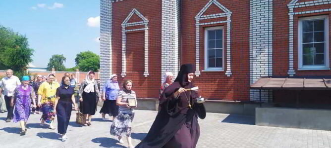 18 июля воскресная служба в соединении со службой прп. Сергия Радонежского