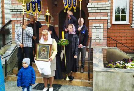 Престольный праздник обители на Сретение Владимирской иконы Божьей Матери