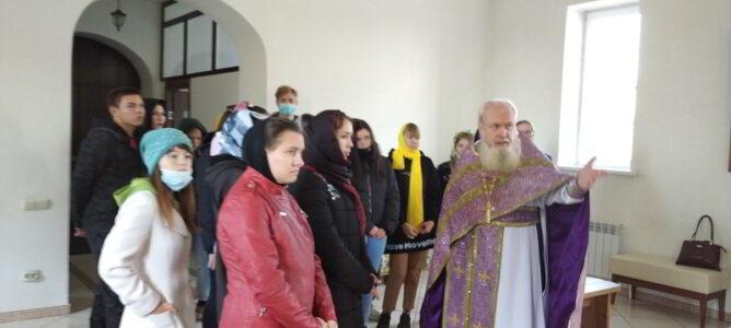 Студенты посетили монастырь